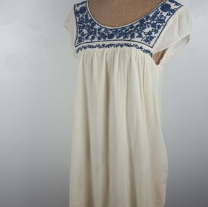 American Eagle Outfitters sleevless top.